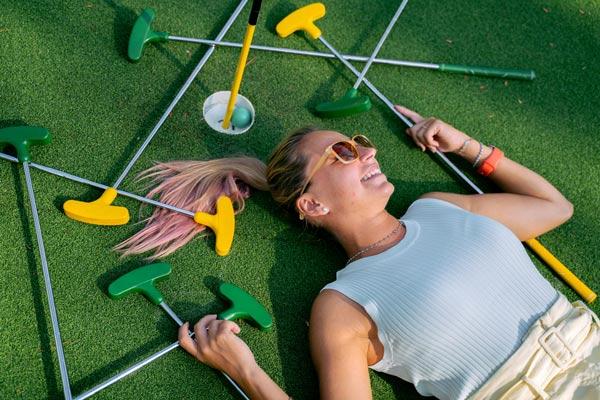 mini golf girls night